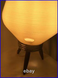 2 Vintage Mid Century Modern Atomic Plastic Beehive Tripod Table Lamp 1960s MCM