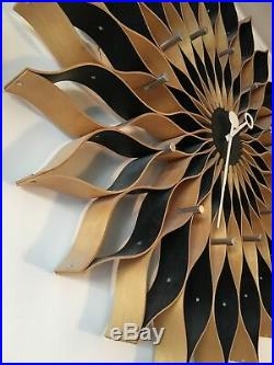 Mid century Mod iconic 50s 60s wood/ metal ATOMIC SUNFLOWER CLOCK 29.5 Stunner