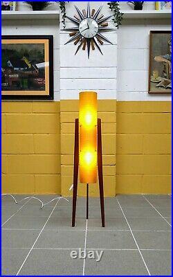 Rare Size Vintage Retro Mid Century Spun Fibreglass Floor Rocket Lamp Atomic