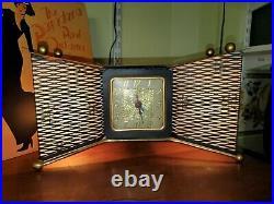 United 340 Eames era Bowtie TV Lamp Clock Mid Century Modern Atomic Sputnik MCM