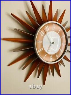 VTG Mid-Century Modern Starburst Atomic Wall Clock Metal EXCELLENT! Sunburst